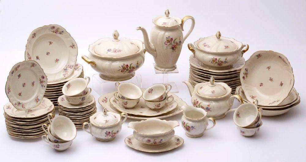 gro es speise und kaffeeservice rosenthal um 1900 form viktoria dekor b rbel gold suppenterr