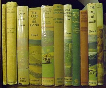 Edmund Blunden english villages