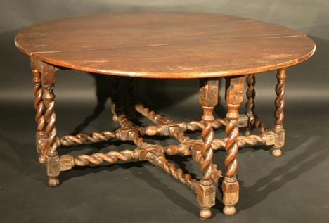Le Ma 206 Tre D E C O R A T E U R Dining Tables Sofa Tables