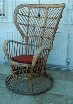 Lot 143 - A Gio Ponti `Conte Biancomo` wicker chair, manufactured by Vittorio Bonacini and Co, Italy,