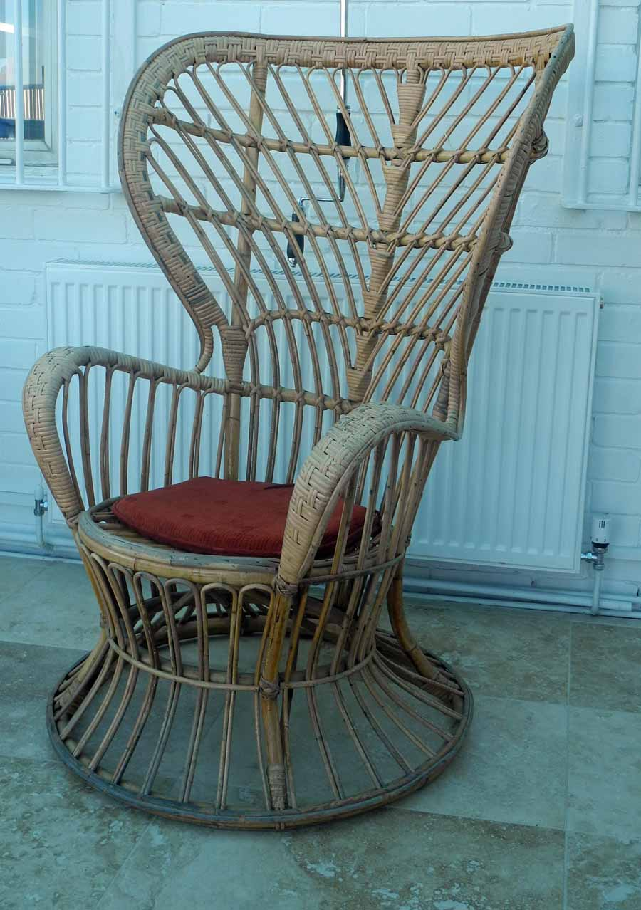 Lot 143 - A Gio Ponti `Conte Biancomo` wicker chair, manufactured by Vittorio Bonacini and Co, Italy,