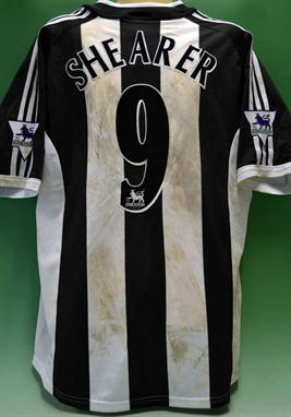 the latest a3a3f be0ee Alan Shearer – signed Newcastle United No. 9 match worn ...
