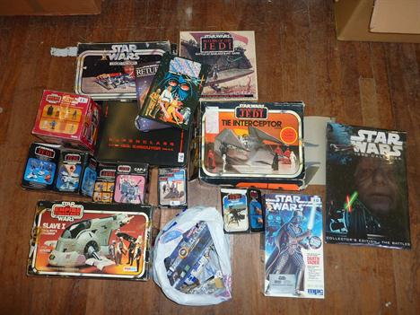 Quantity of Star Wars toys and memorabilia: Parker Brothers