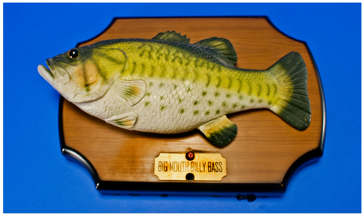 big mouth billy bass singing fish wall plaque