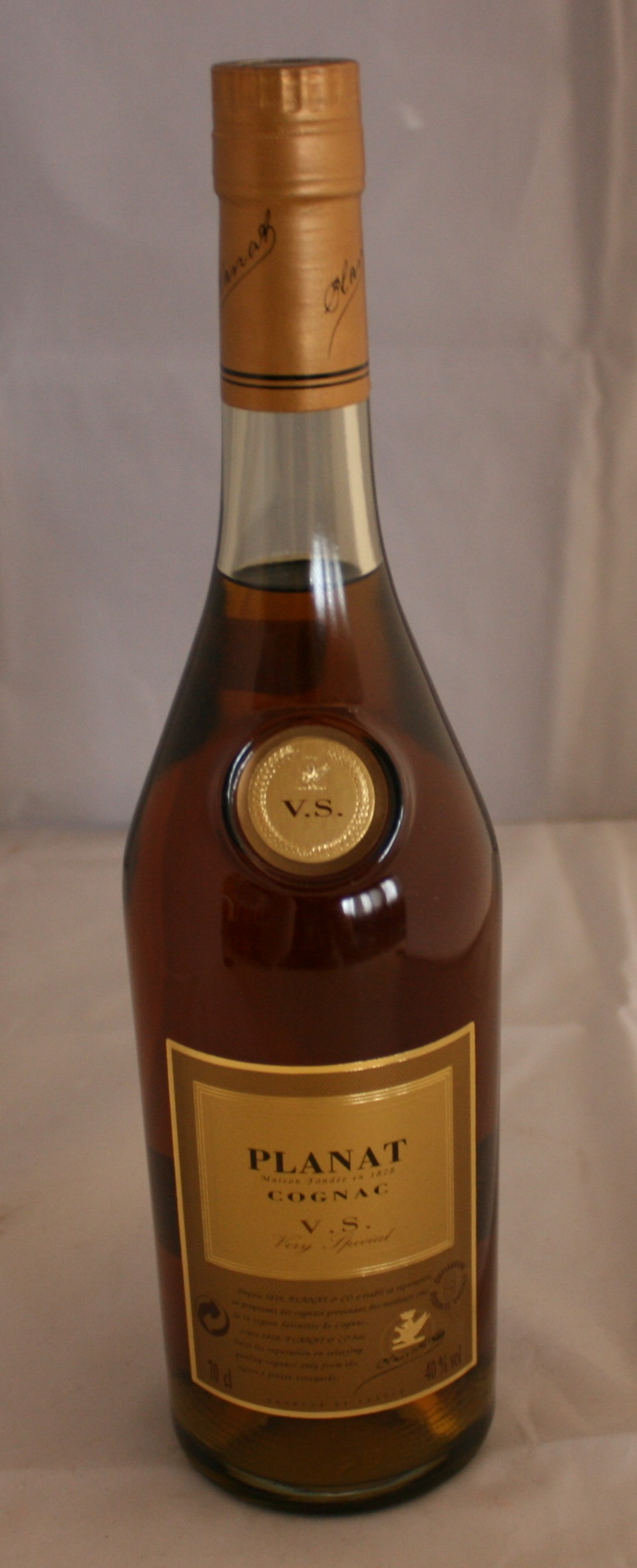 Planat bottle of planat vs maison fondee 70cl 40 for Cognac planat